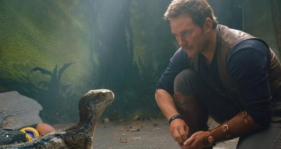 《侏羅紀世界2:殞落國度》:當劃時代導演,遇上化石編劇